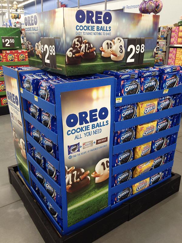 Walmart Oreo Pallet Display