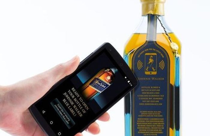 Johnny Walker connected packaging
