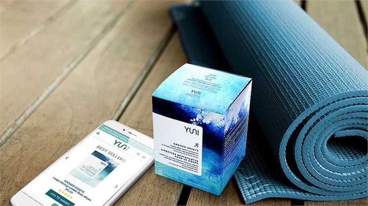 Yuni beauty connected packaging